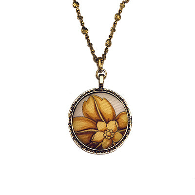 Scarf Medallion with Daisy Necklace
