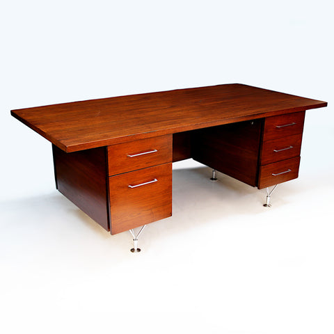 1960s Mid-Century Modern Walnut Executive Desk by George Reinoehl for Stow Davis