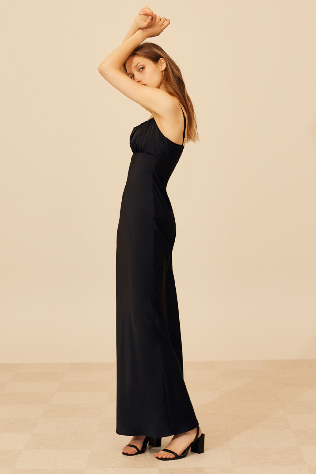 KNOWINGLY GOWN black