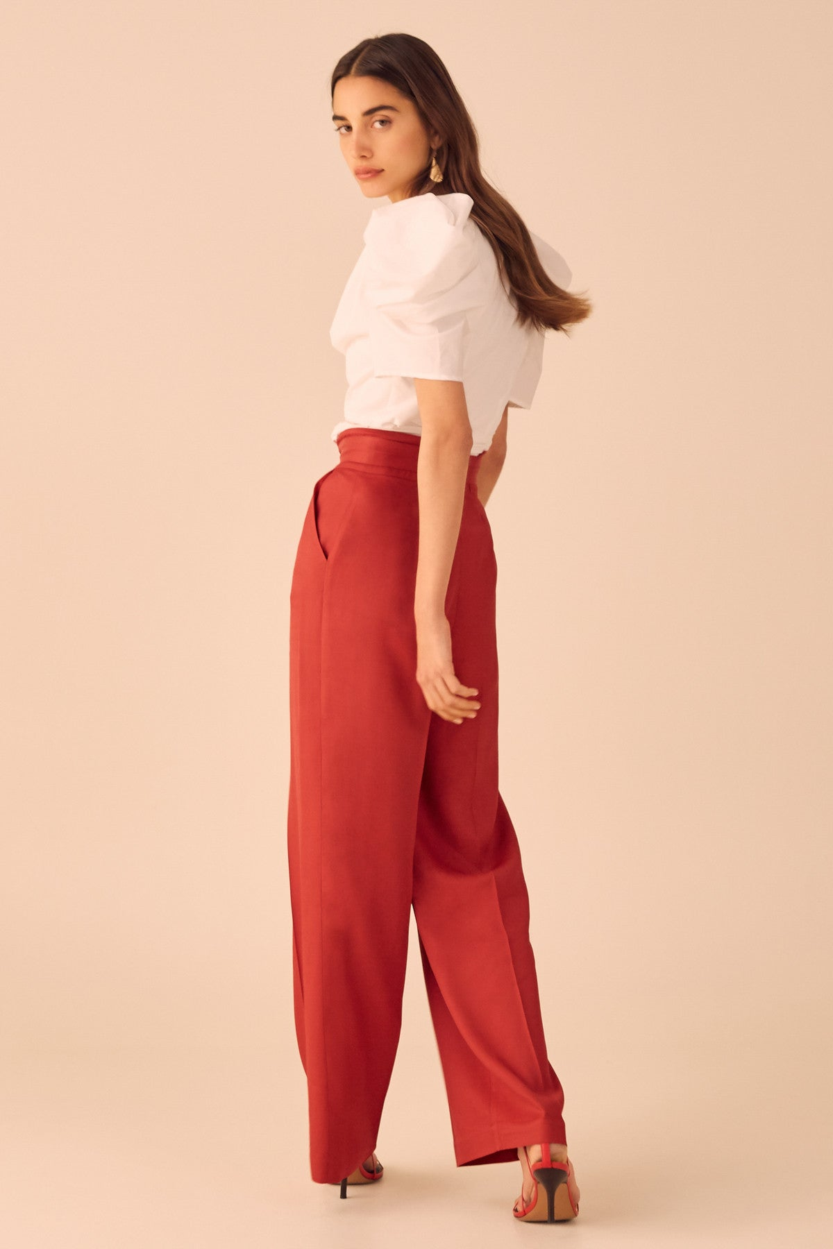 THE LIGHT PANT red