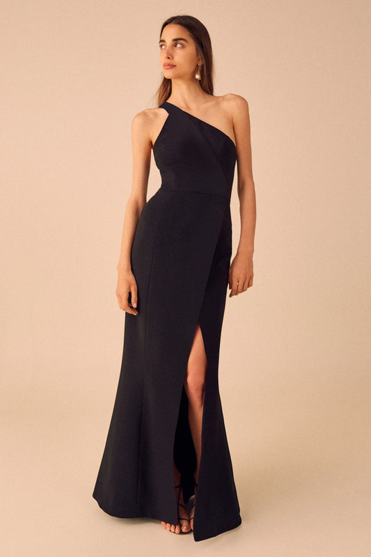 PURSUE GOWN black