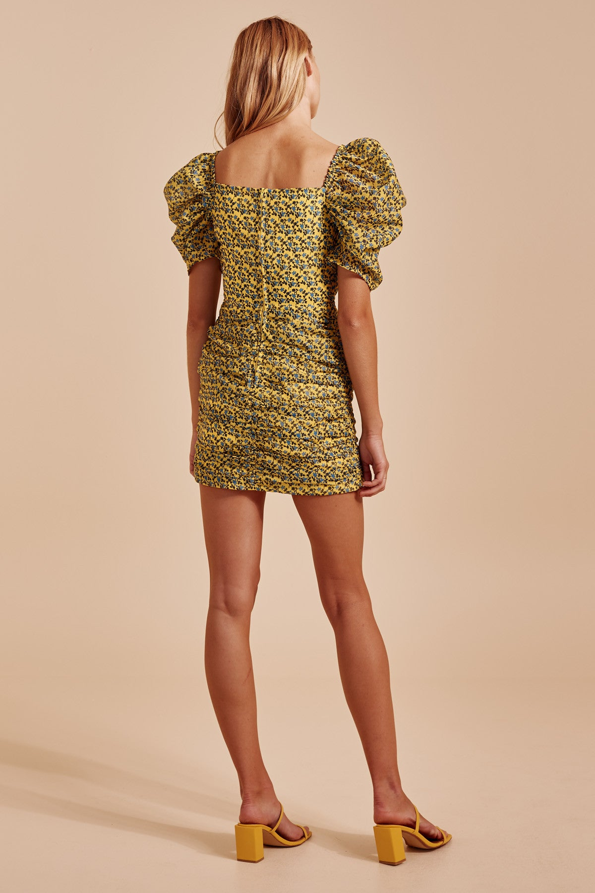 COME ACROSS SHORT SLEEVE DRESS yellow floral