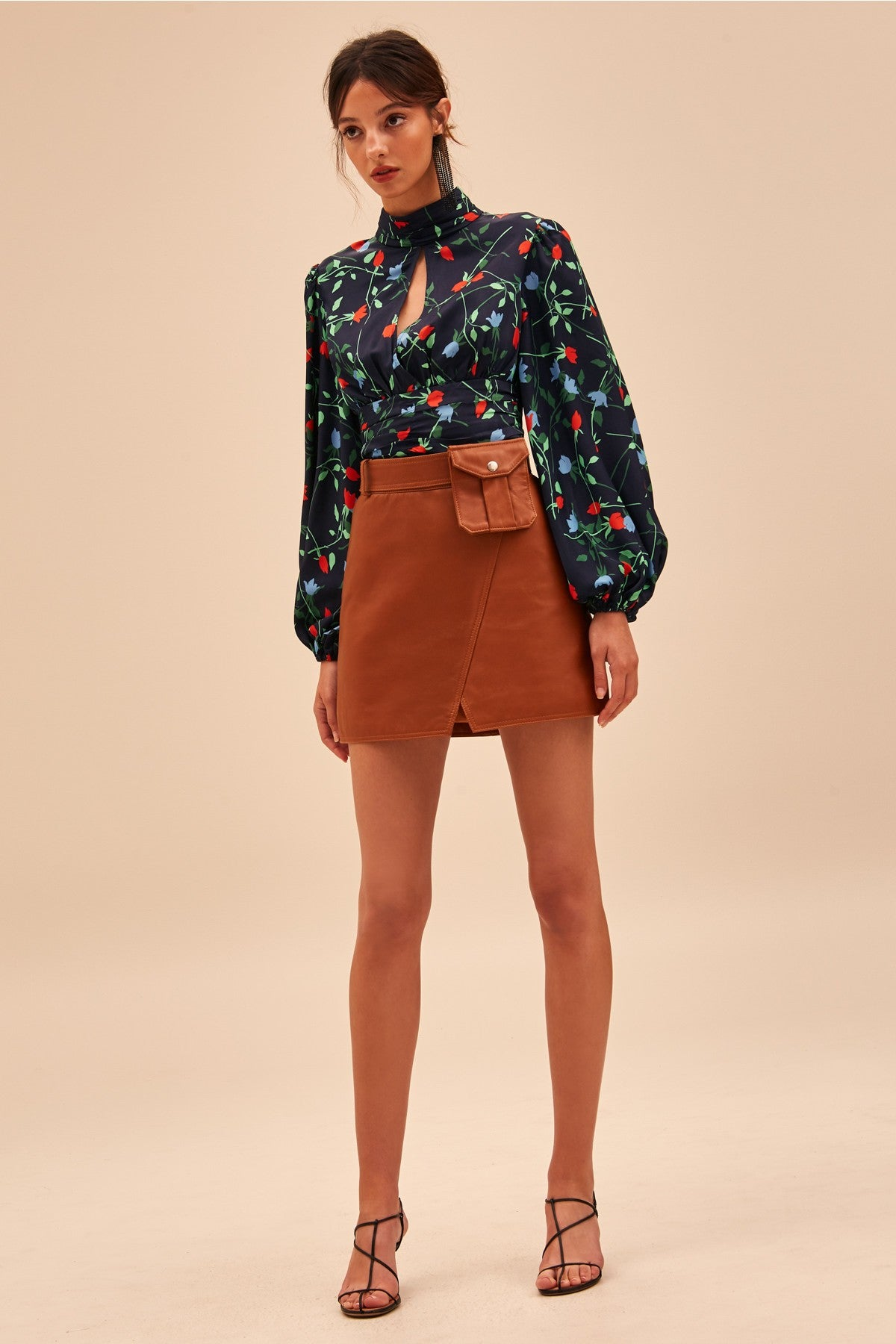SECTIONAL LONG SLEEVE TOP navy floral