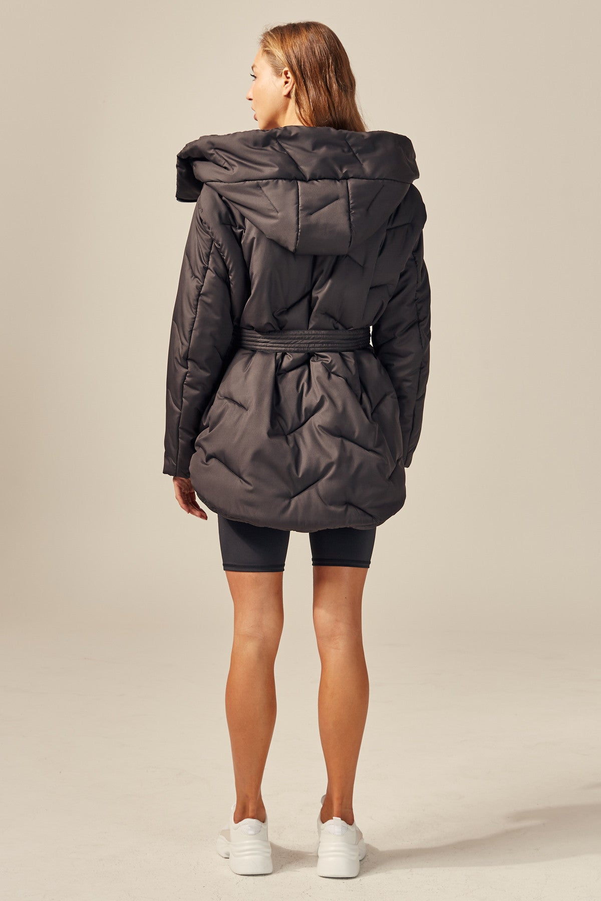 THE RELEASE PUFFER black