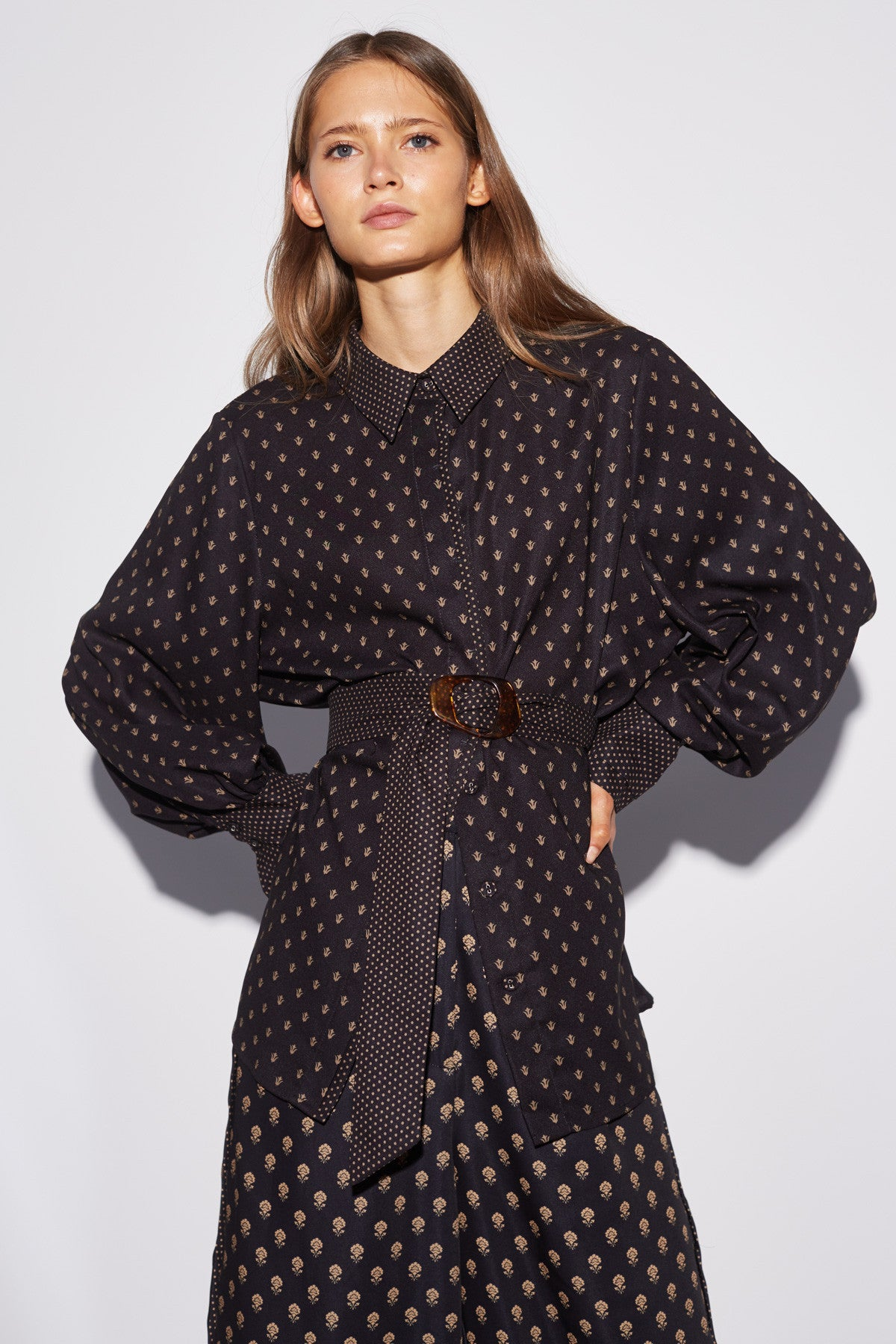 PALATIAL SHIRT black spliced paisley