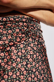 KNOWING OF THIS SKIRT black floral