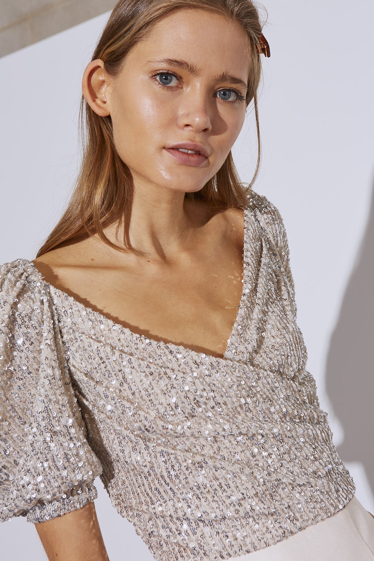 LUSTRE SHORT SLEEVE TOP cream sequin
