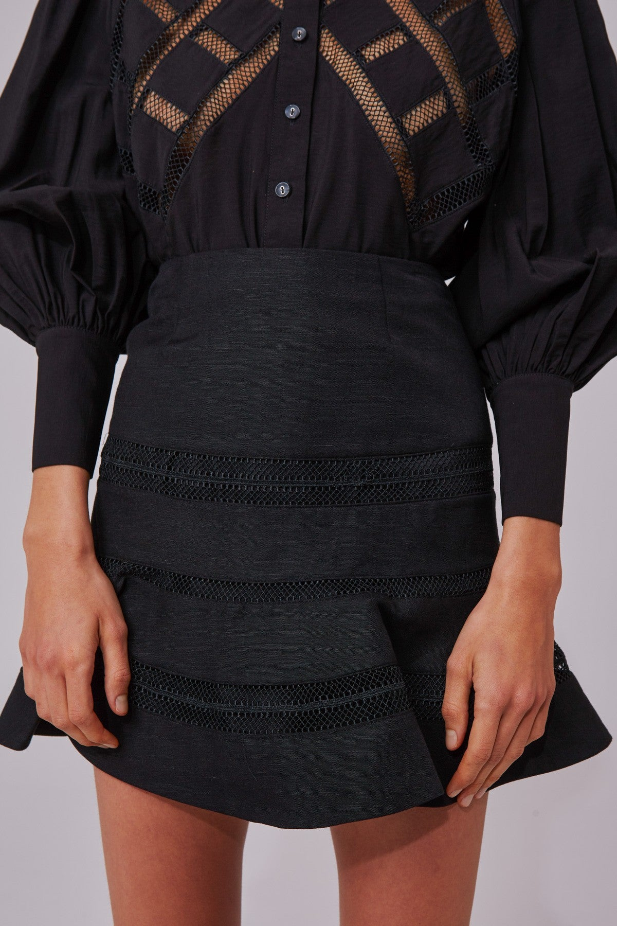 WORTHY SKIRT black