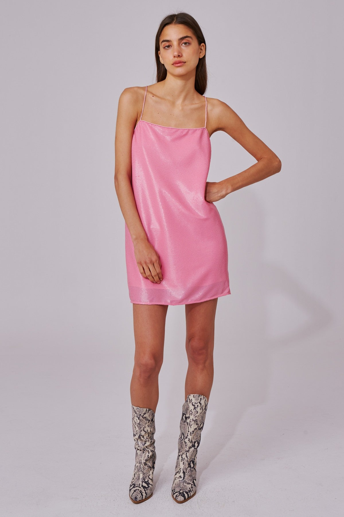 AS IT GOES SHORT SLEEVE DRESS pink sequin