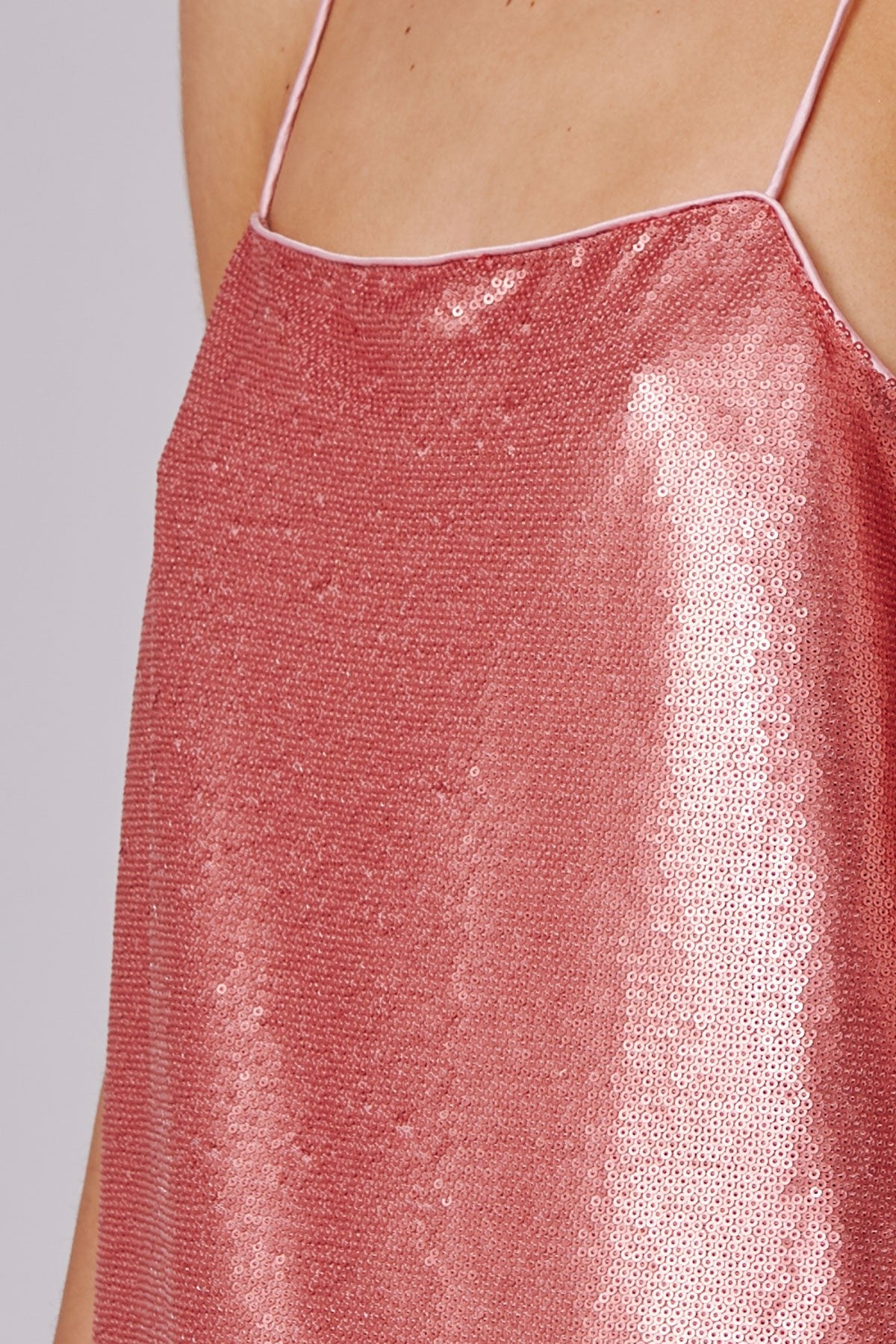 AS IT GOES SHORT SLEEVE DRESS rosewood sequin