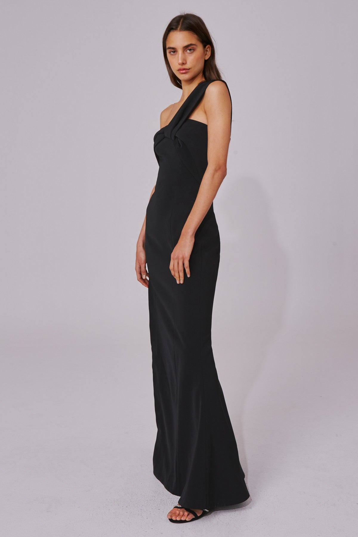 CALIBER GOWN black