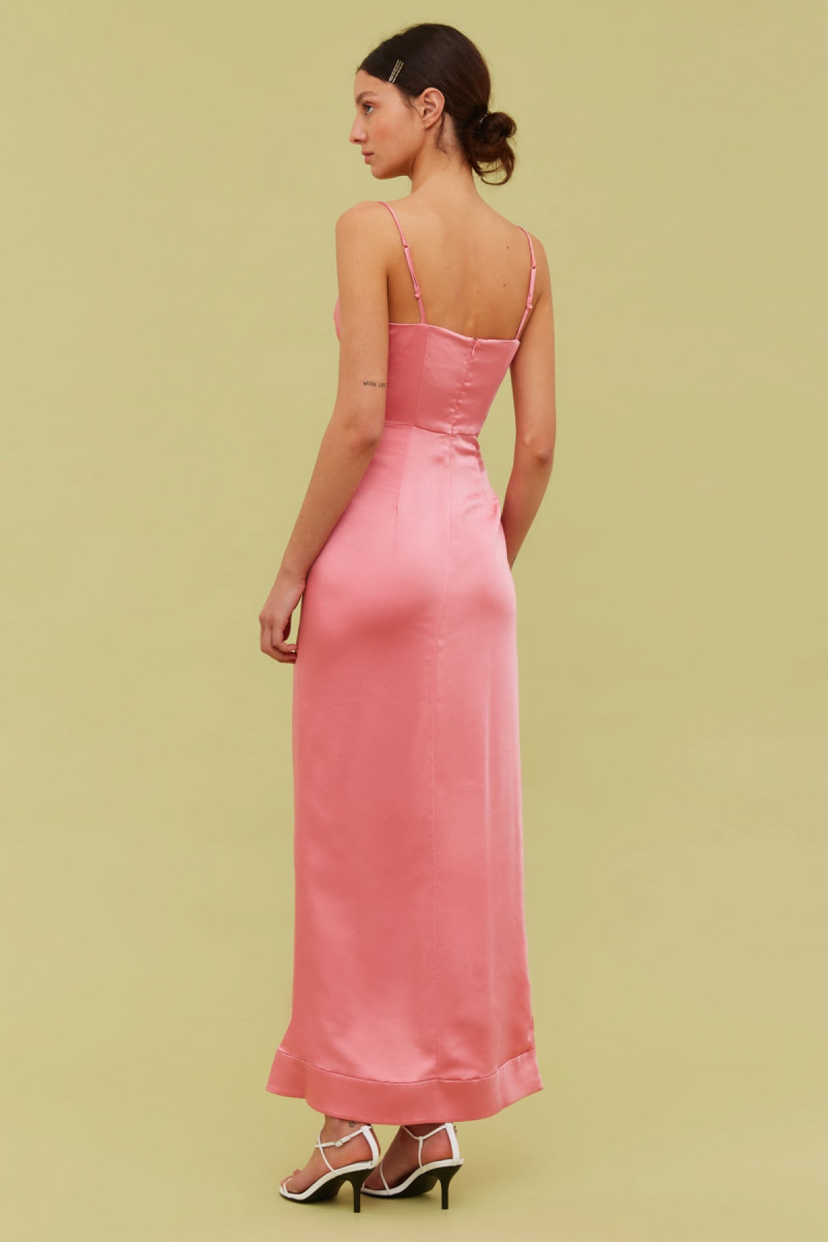 BLINDFOLD GOWN pink