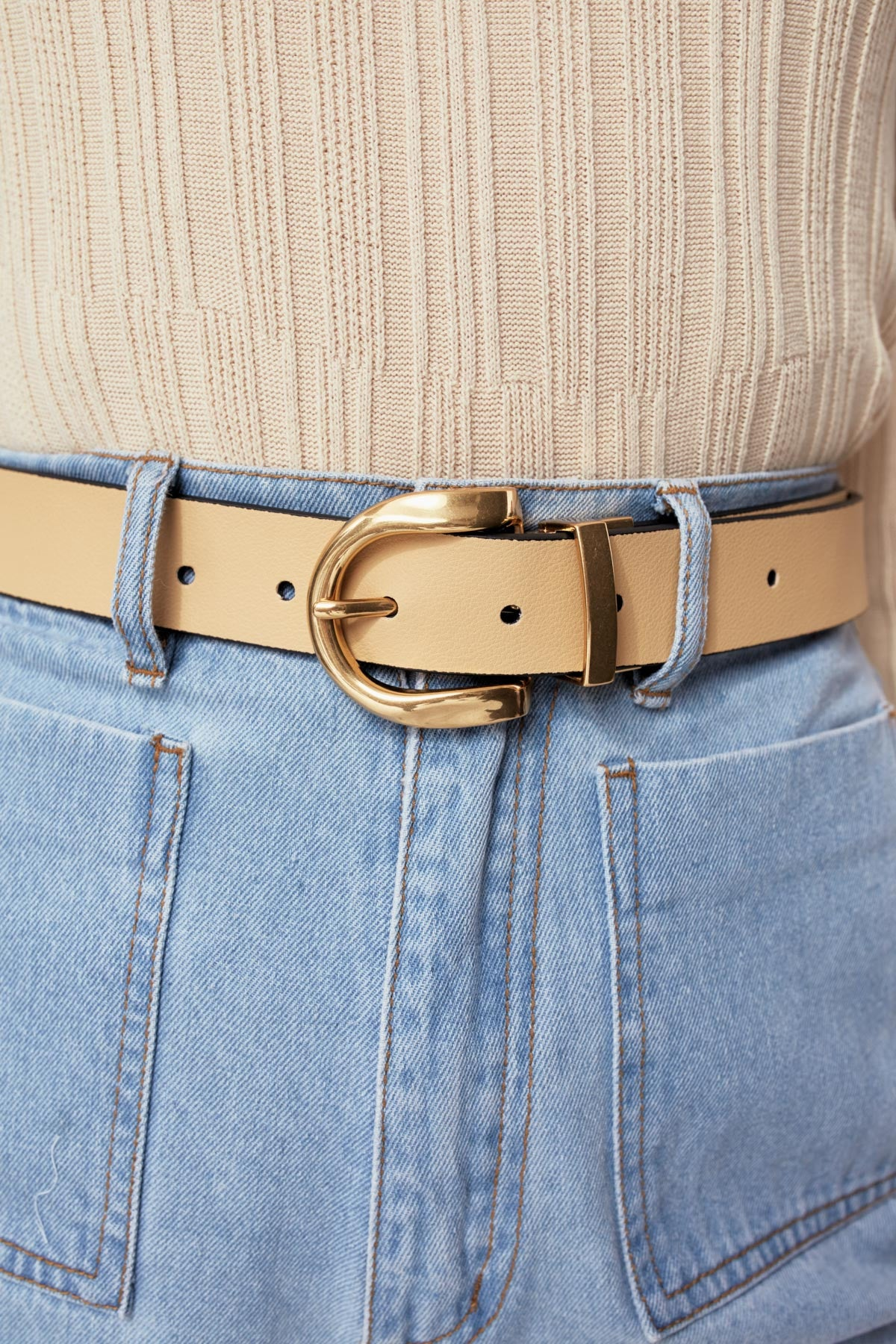 ESSENTIALS REVERSIBLE LEATHER BELT black w butter