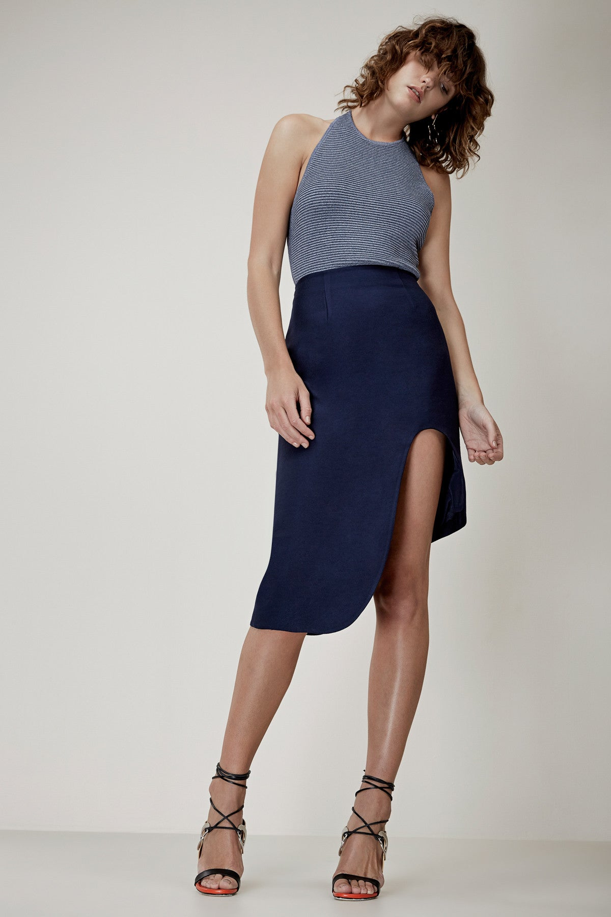 FIRST IMPRESSION SKIRT navy