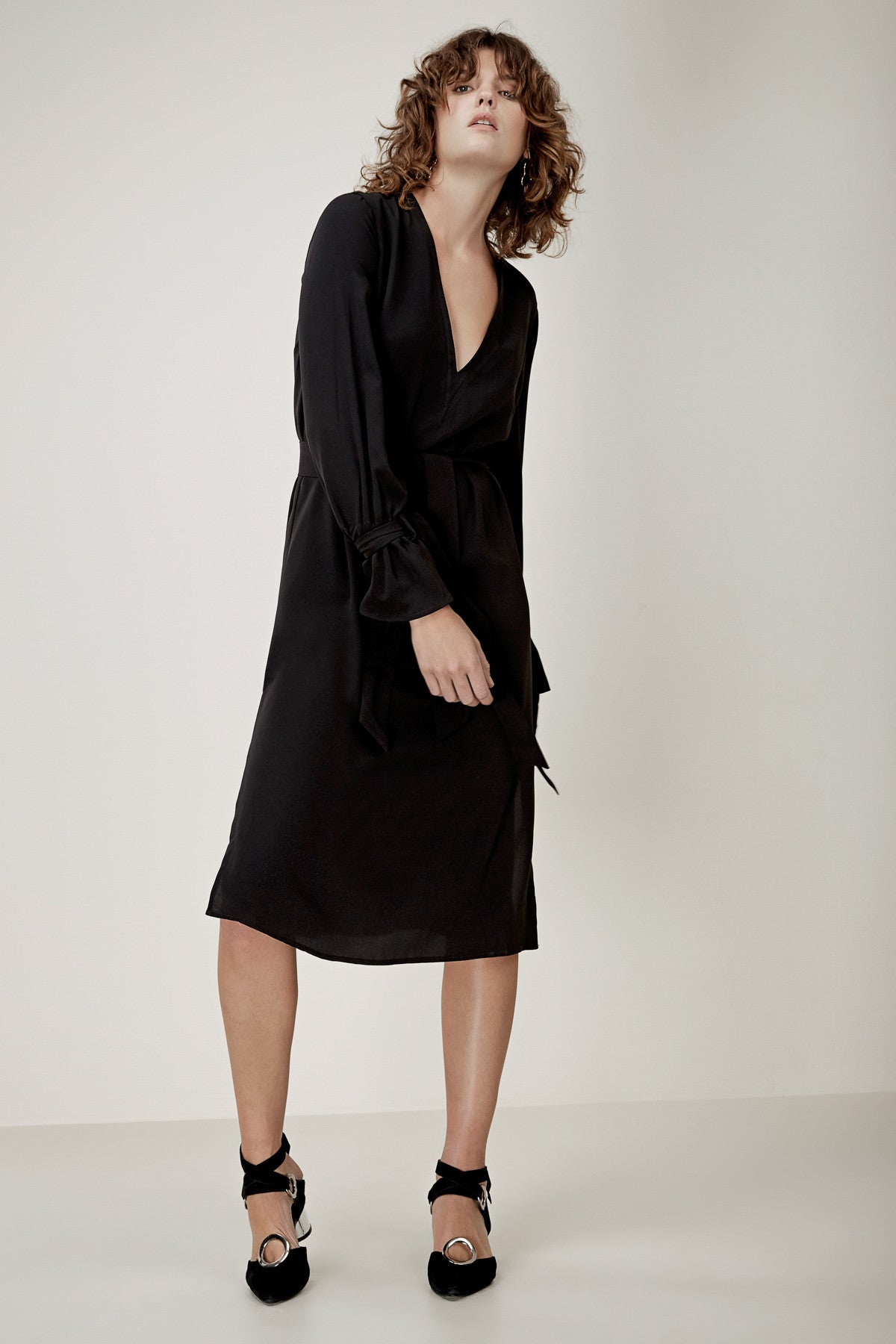 UNSTOPPABLE LONG SLEEVE DRESS black