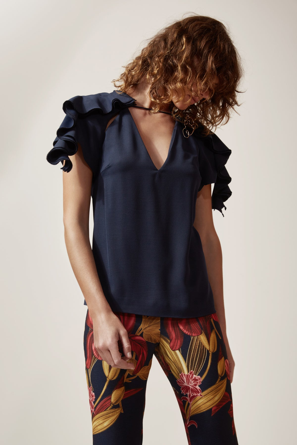 GOSSAMER SHORT SLEEVE TOP navy
