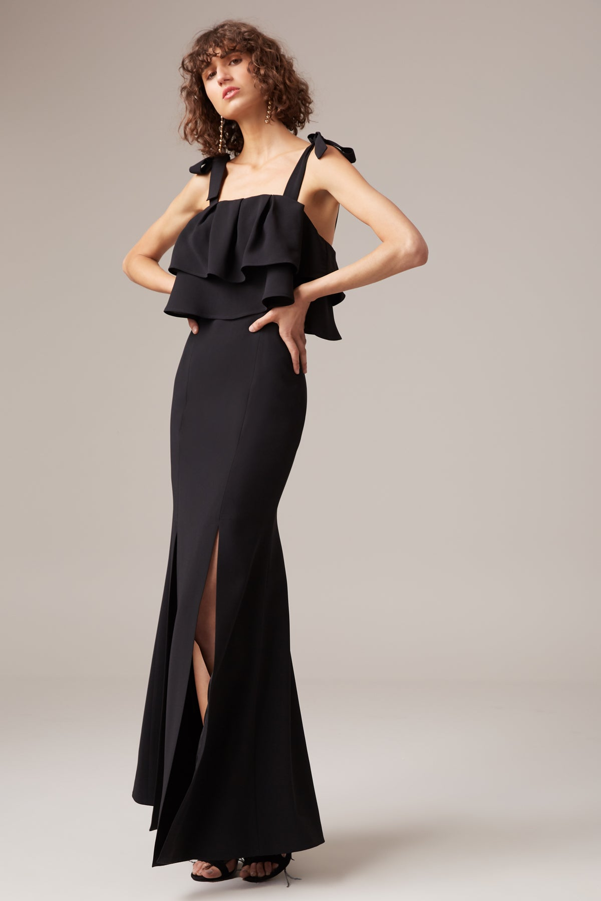 BE ABOUT YOU GOWN black