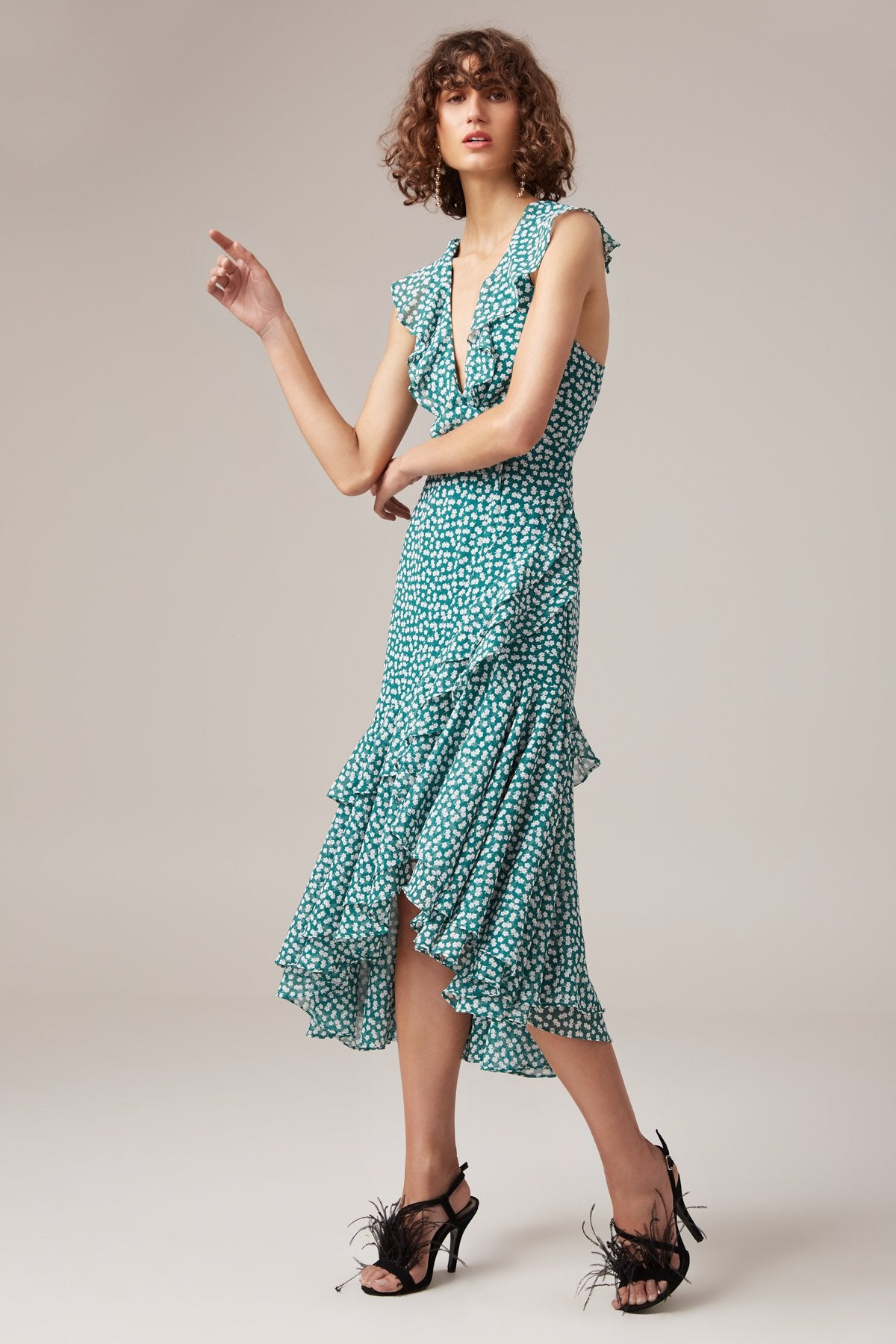 BE ABOUT YOU MIDI DRESS green daisy