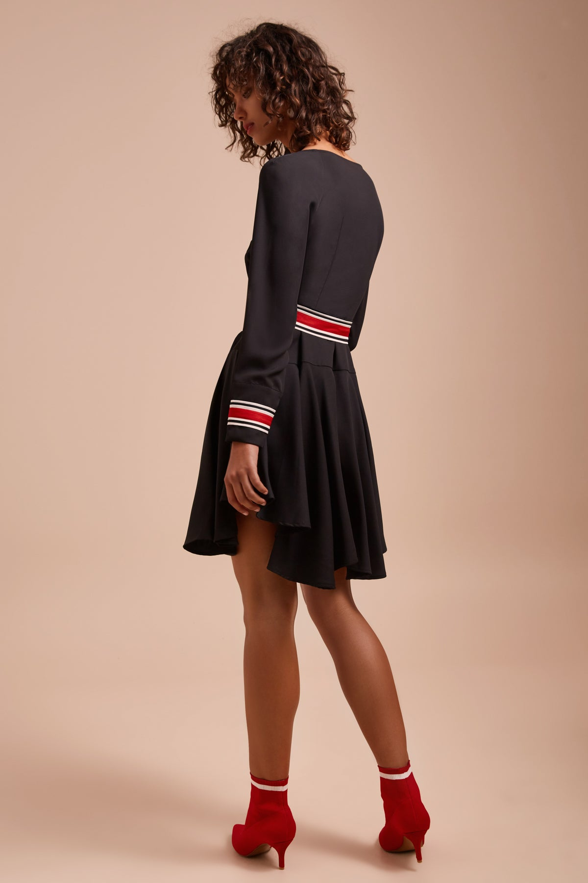 BE MOVED LONG SLEEVE DRESS black