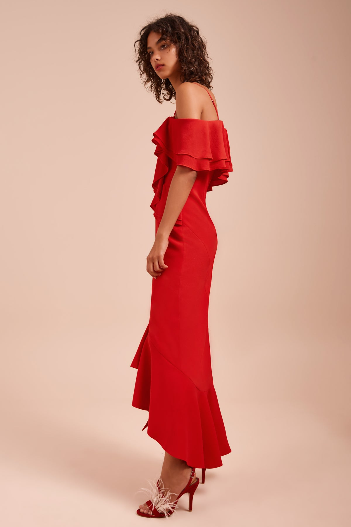 ENTICE SHORT SLEEVE GOWN red