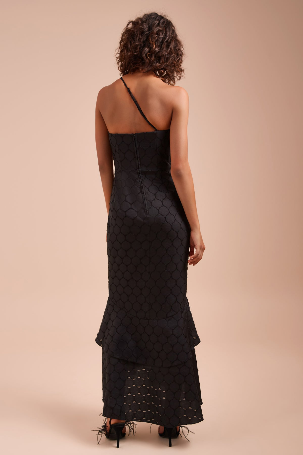 MAGNETISE GOWN black
