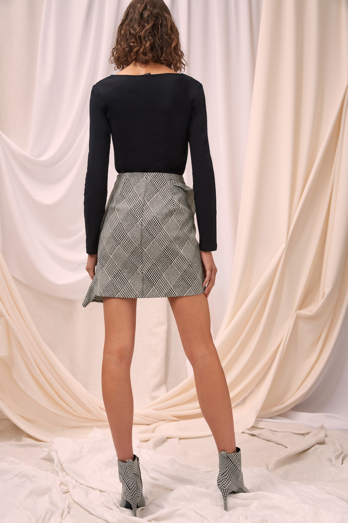 ELATION SKIRT black check