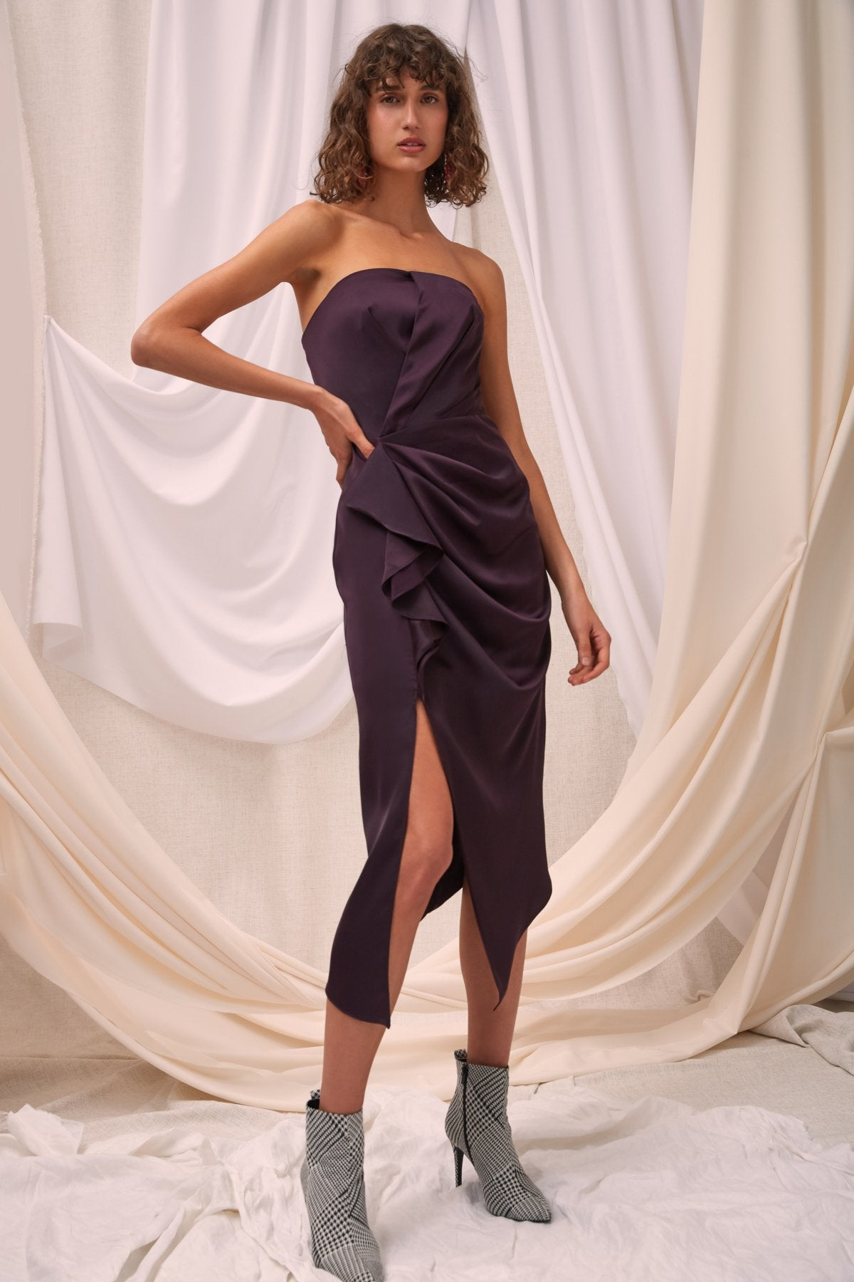 NO LESS MIDI DRESS aubergine