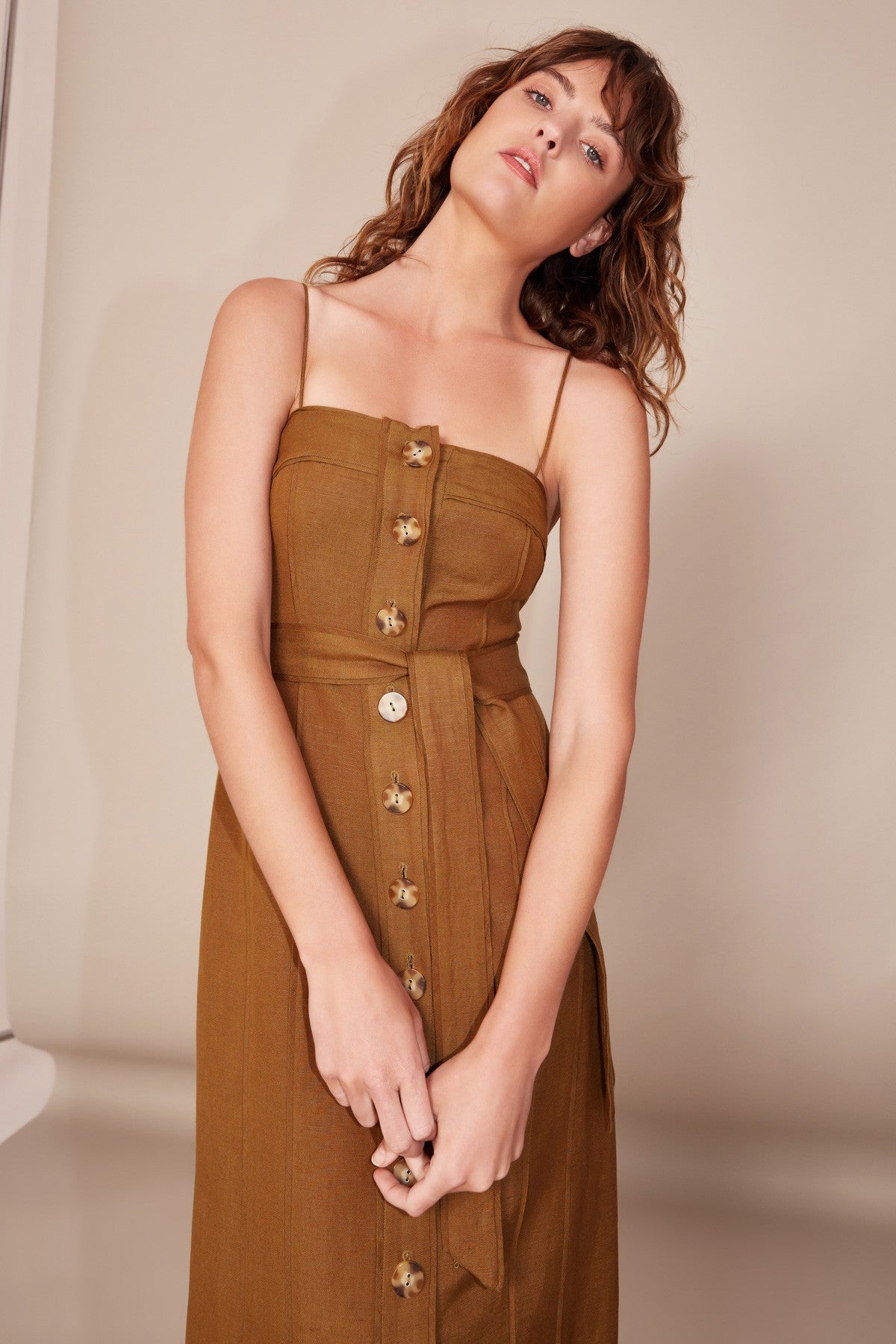 ACTUATE SHORT SLEEVE DRESS taupe