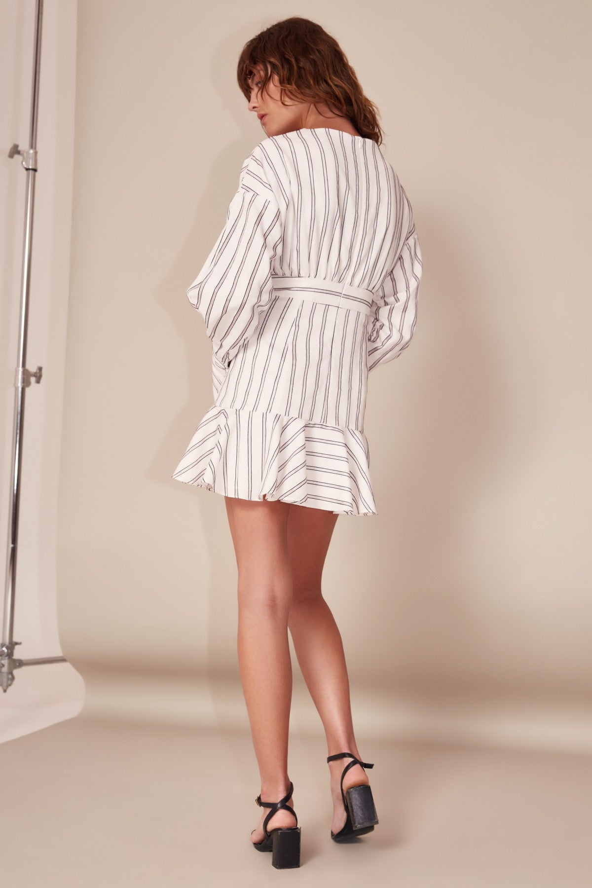 MOMENTS APART DRESS ivory stripe
