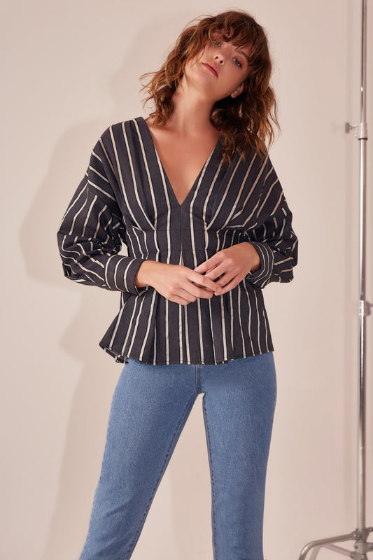 MOMENTS APART TOP navy stripe