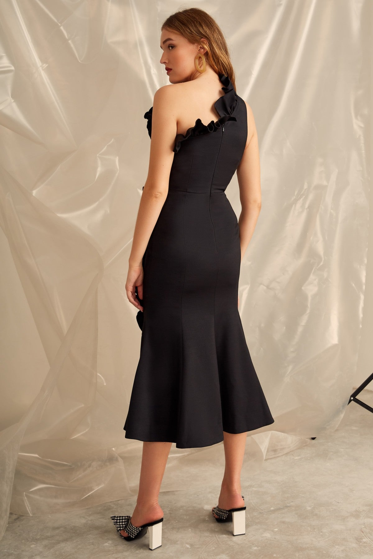 YOU OR ME MIDI DRESS black