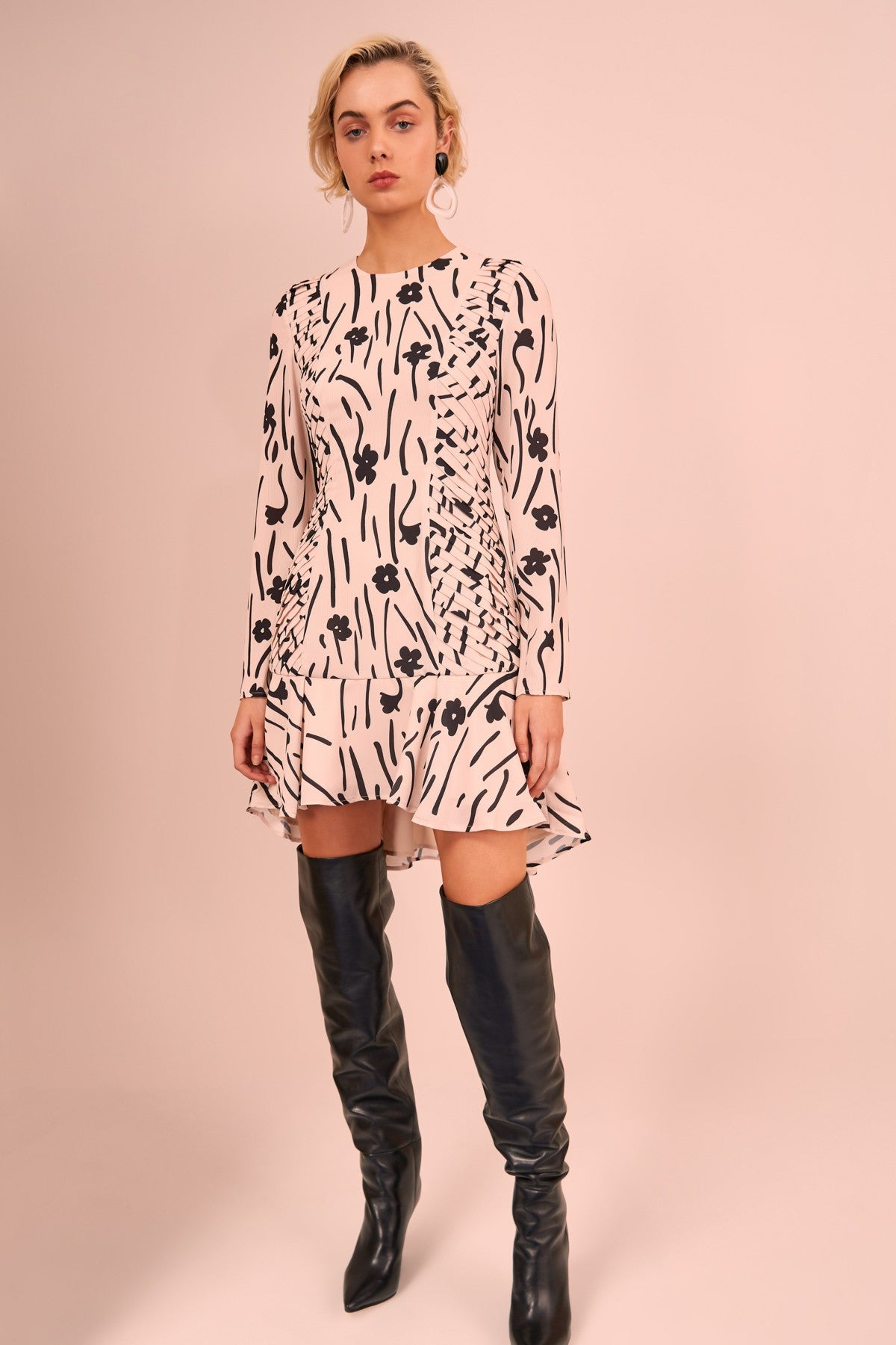 VISCERAL LONG SLEEVE MINI DRESS cream floral