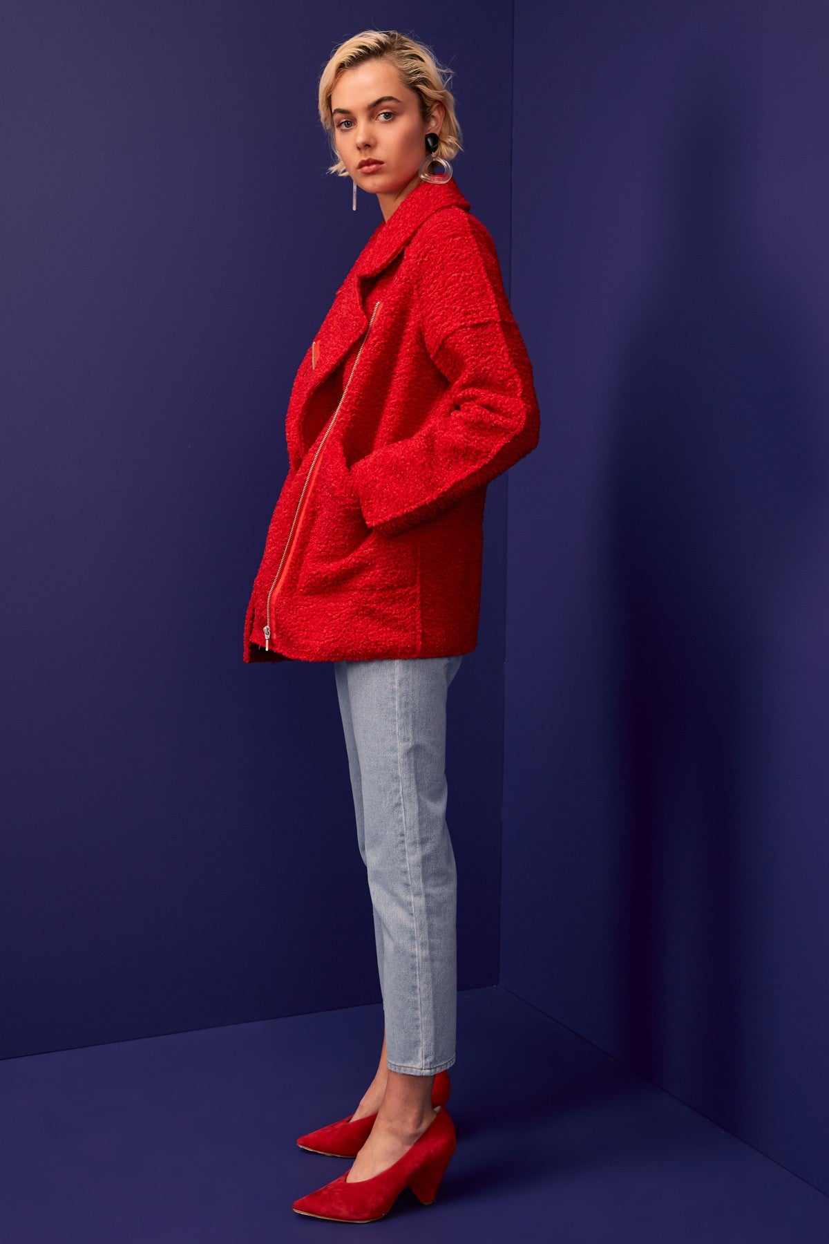 WORLD TOUR COAT red