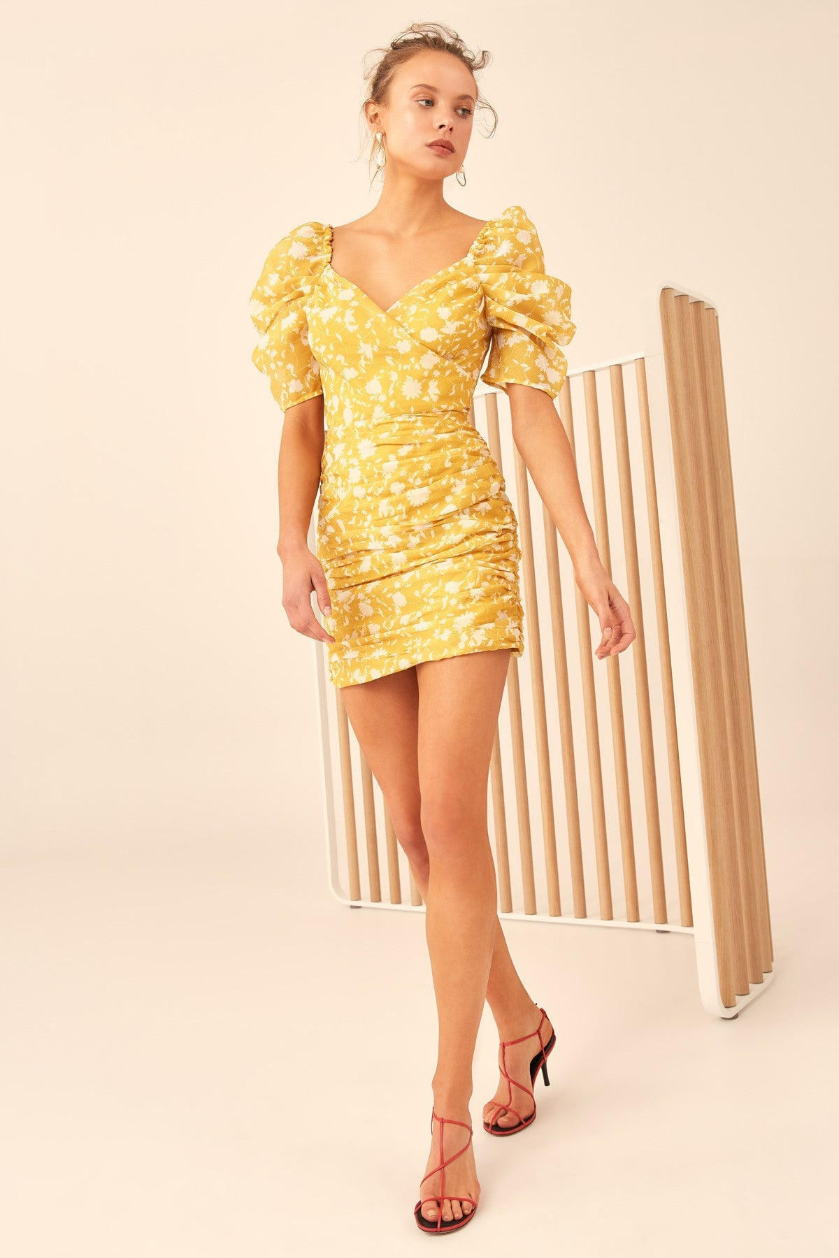 LOVE HATE MINI DRESS yellow floral