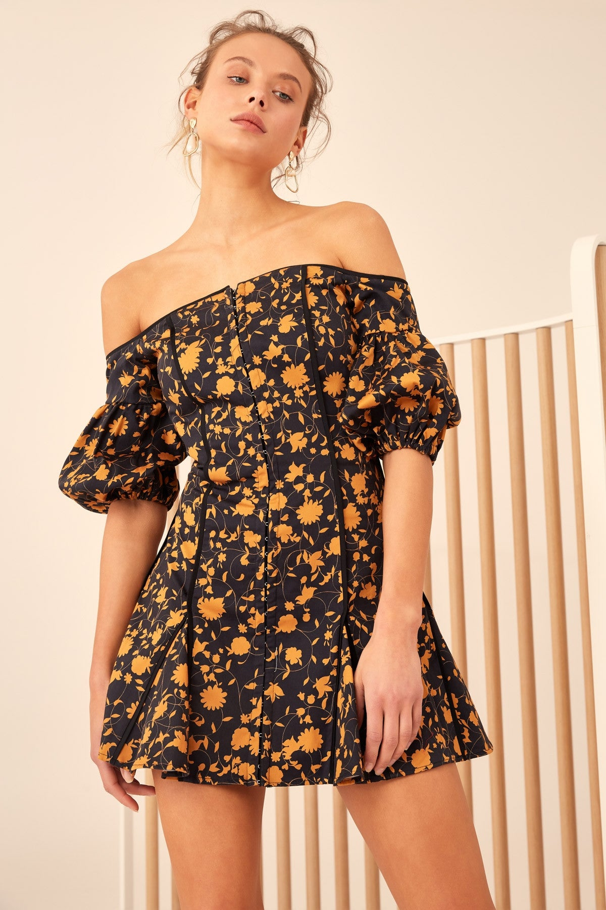 ONLY WITH YOU LONG SLEEVE DRESS black floral