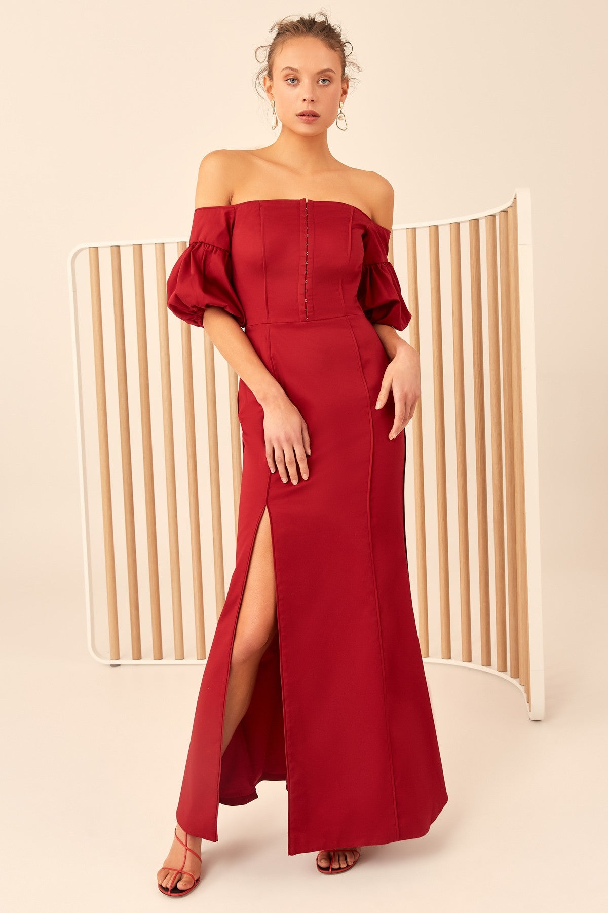 ONLY WITH YOU SHORT SLEEVE GOWN cherry