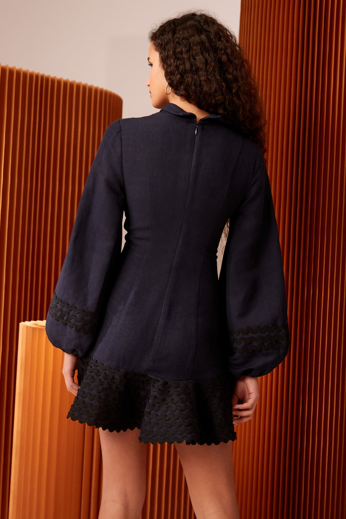INCISE LONG SLEEVE DRESS navy