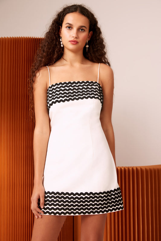 INCISE SHORT SLEEVE DRESS ivory