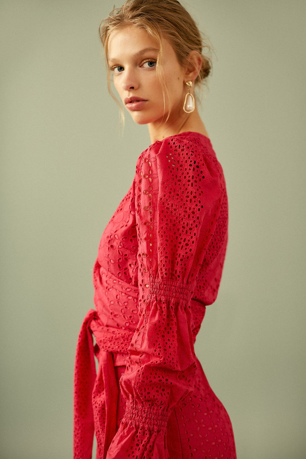 SOLSTICE LONG SLEEVE TOP rose red