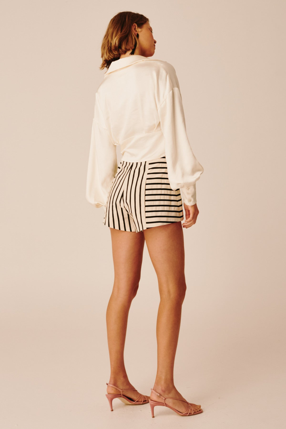 HIGH AS HOPE SHORT ecru stripe