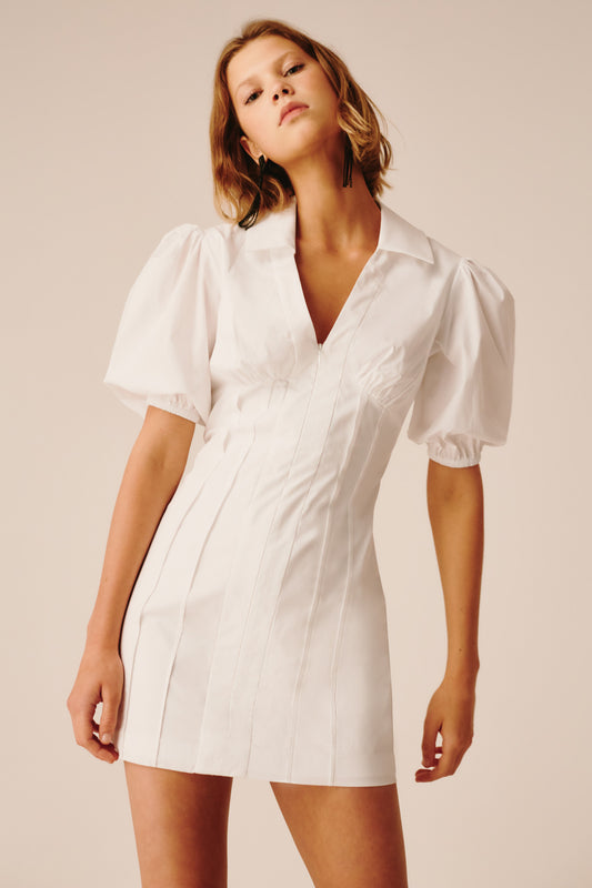 FAULT LINE SHORT SLEEVE DRESS white