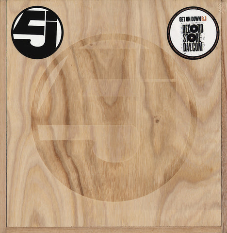 GET-56034 Jurassic 5-Quality Control Wood Box Set