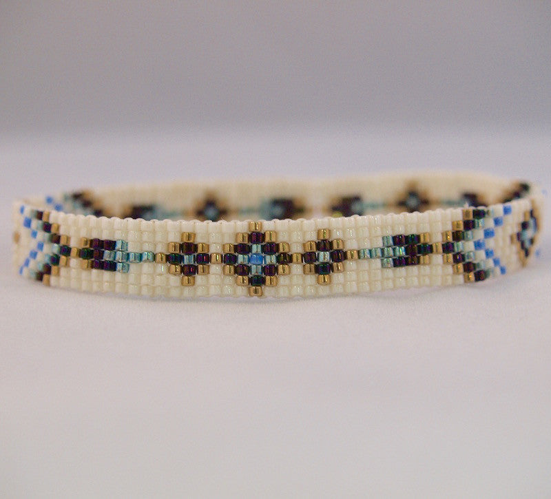 Apache Square Stitch Bracelet Kit