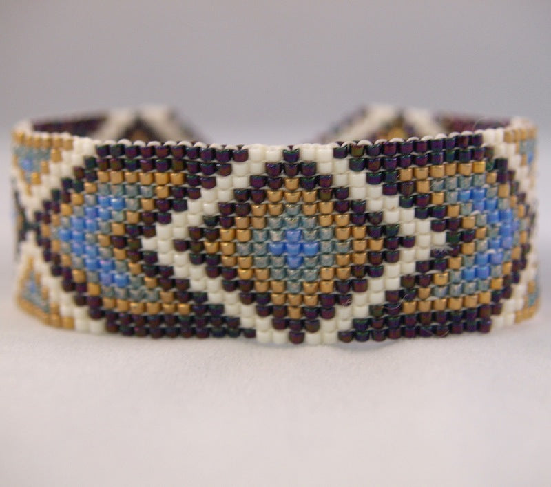 Cheyenne #1 Square Stitch Bracelet Kit