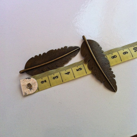 2 x Metal Feather Pendant Charms - 2 colours available