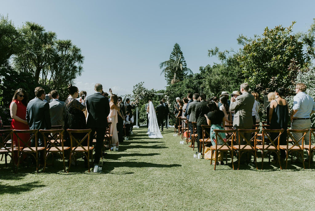 Wedding ceremony at Lindesay House