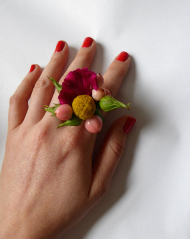 Yellow and pink fresh flower ring
