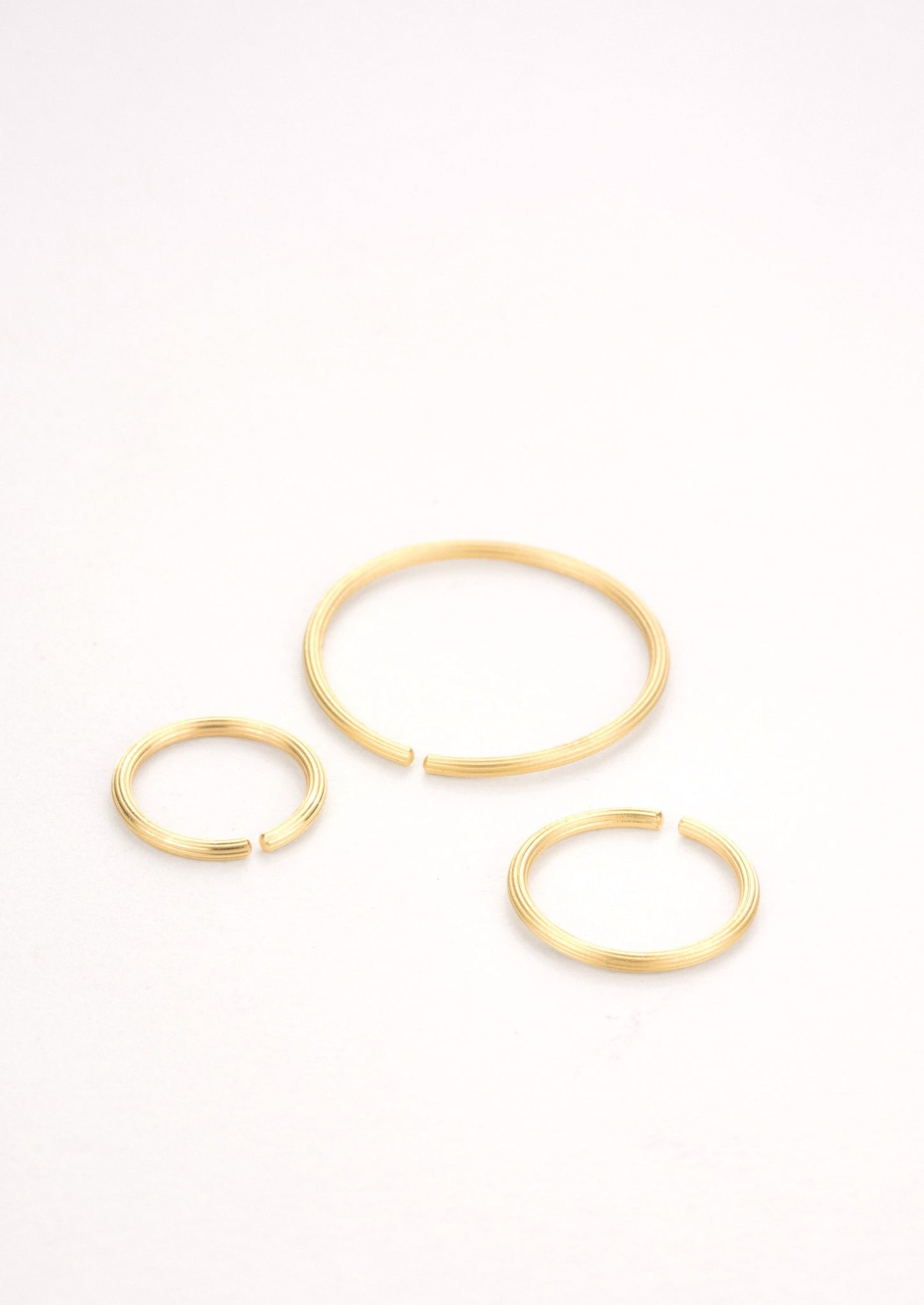 'BASIC NEEDS' Hoops, 18 kt Fairtrade gold