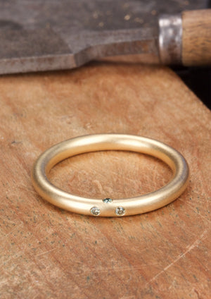 'Round Magic' — Fairtrade Gold Ring with Four Diamonds