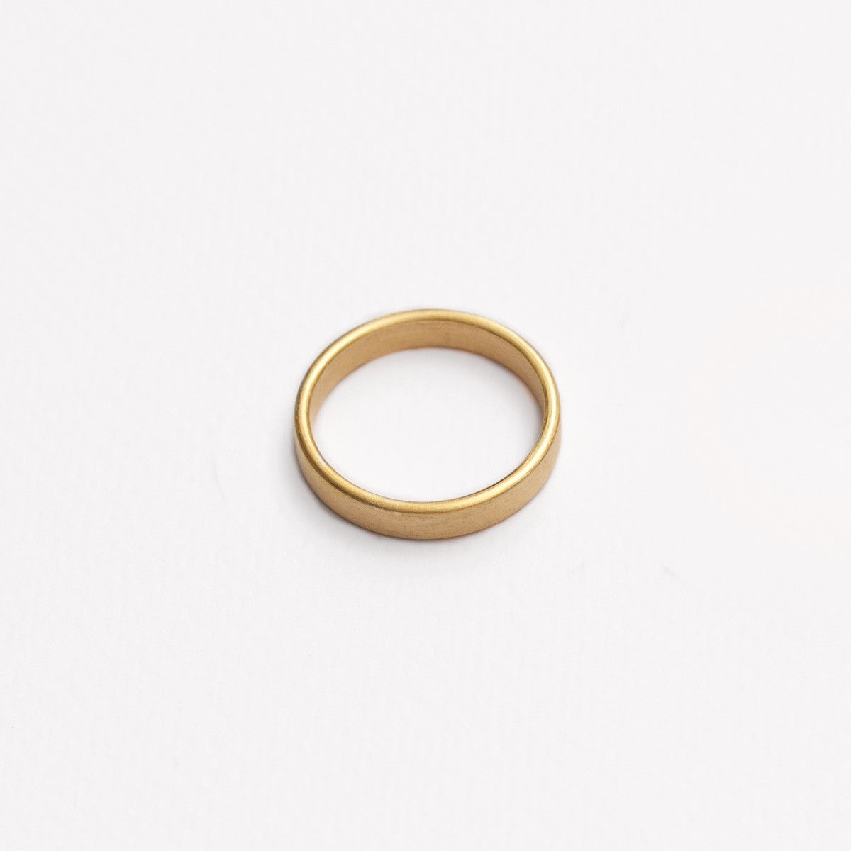 'Obround' Fairtrade Gold Wedding Ring